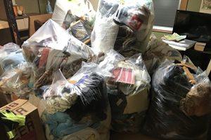 大量のゴミが入ったゴミ袋